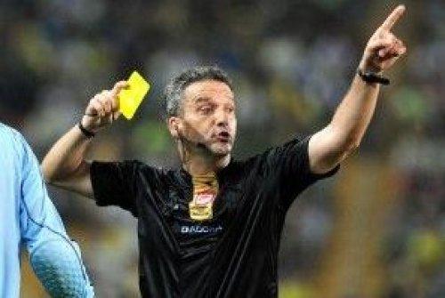 Futbol Maçlarında Hakem Hataları Nasıl Azaltılır?